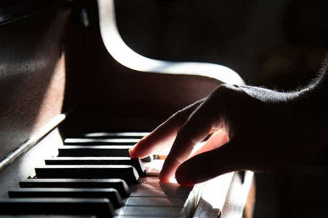mejores-canales-youtube-aprender-tocar-piano
